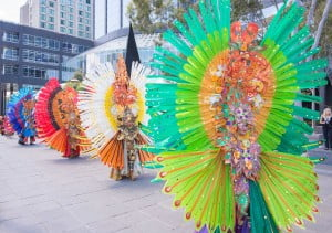 Untuk pertama kalinya Malang Flower Carnival tampil meramaikan parade Indonesia