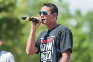 Rapper Indonesia Sonu Tolani menyumbangkan tembang-tembang uniknya