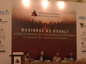 Konsul Jenderal Dewi Savitri Wahab (kiri) menjadi pembicara pada Konferensi IABC