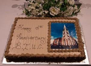 BUSET NGELIPUT - HUT 13 BIUC - cake