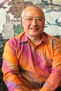 Dr. Djin Siauw