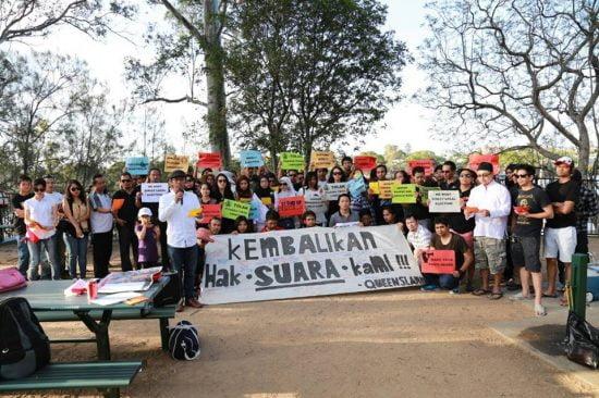 Memimpin 'Komunitas Peduli Demokrasi dan Anti-Korupsi' di Queensland untuk mempertahankan Pilkada langsung di Indonesia