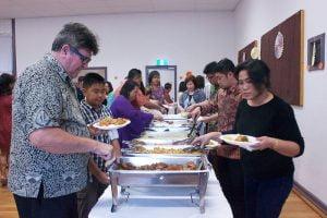 Sajian hidangan khas Minahasa digemari seluruh pengunjung